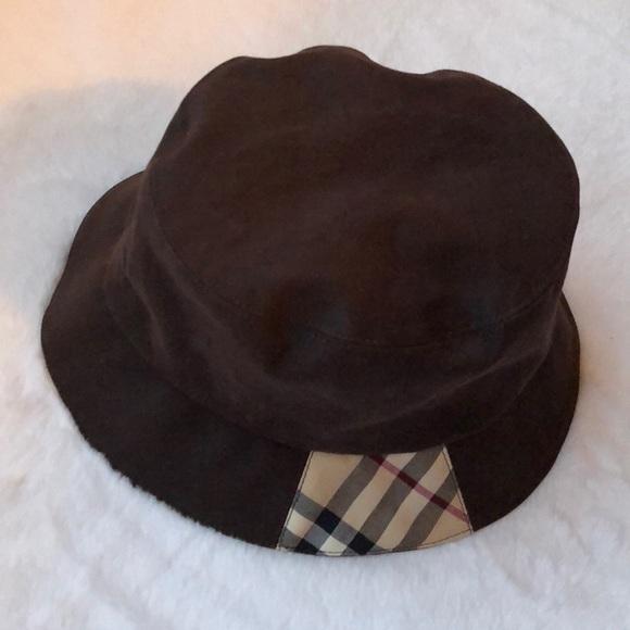 31d6694f9c6 Burberry Accessories - Burberry classic bucket hat